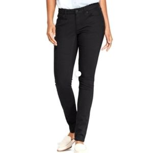 Levi's Mid Rise Skinny size 6 women's jeans